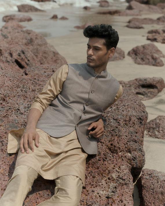http://prestigethemanstore.com/wp-content/uploads/2018/10/prestige_ethnic_wear_collection_bangalore_2.jpg